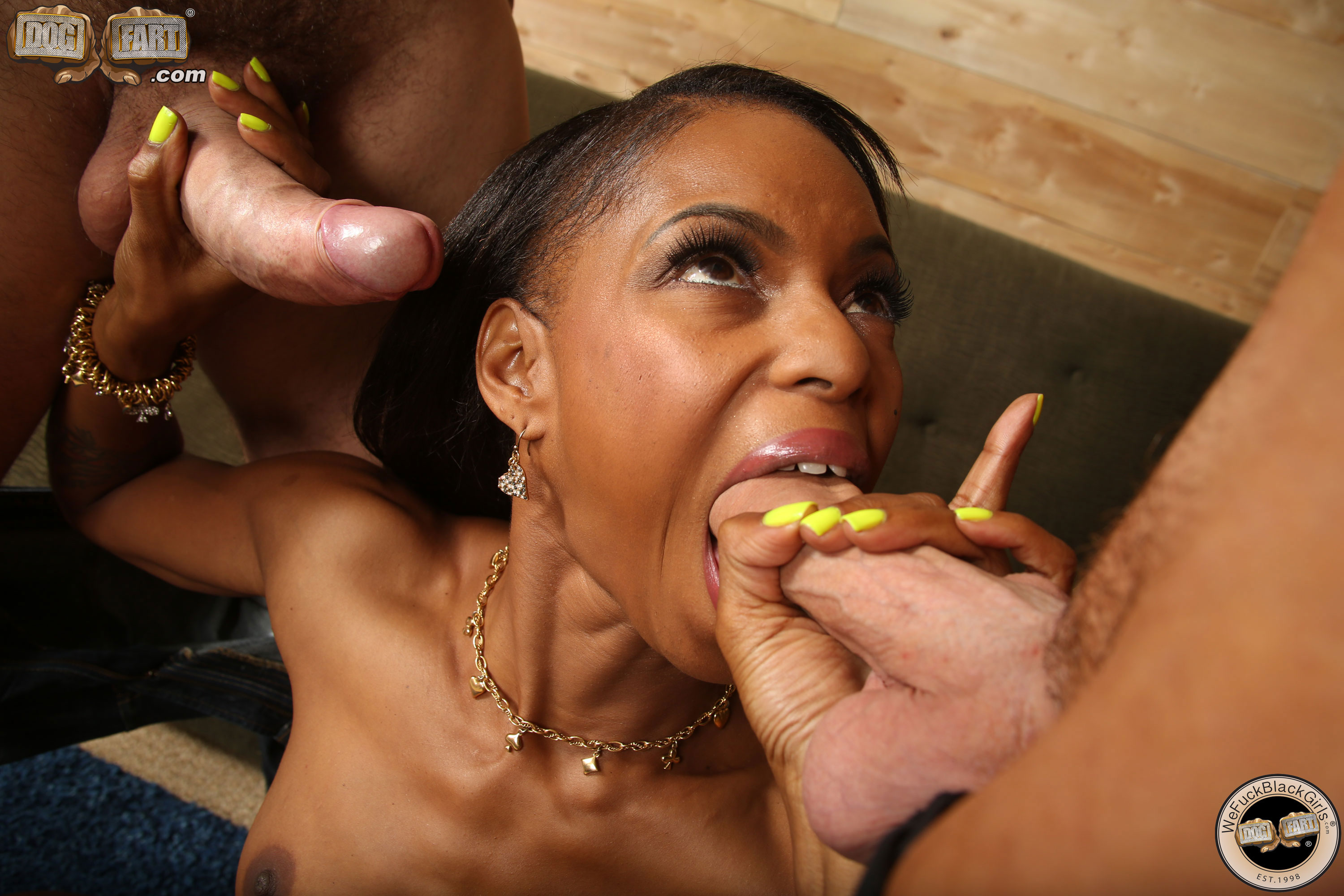 Marie luv swallows loads form the bowl